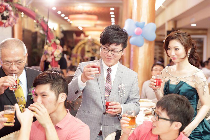 『高雄婚攝』- 真寶海鮮餐廳婚禮攝影 - 真寶海鮮餐廳婚禮攝影