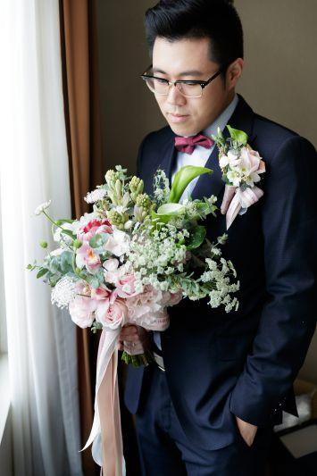 結婚迎娶攜帶捧花