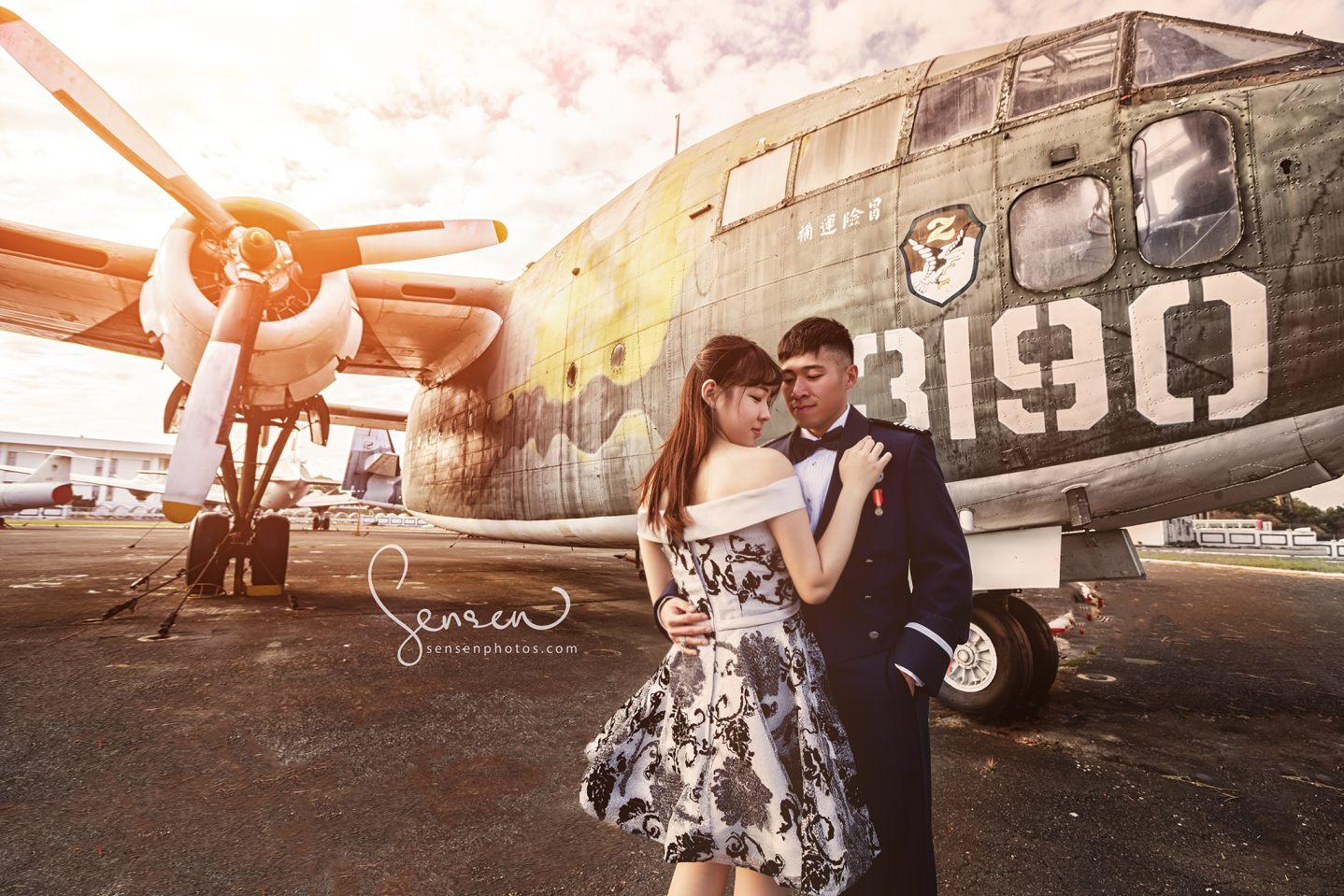 空軍展示場情侶寫真, 岡山空軍軍機展示場, 高雄婚攝, 婚攝森森, 高雄婚紗拍攝景點