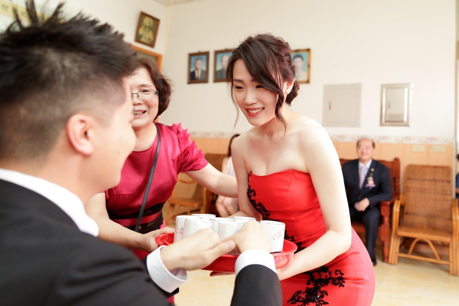 訂婚儀式奉茶,文定儀式奉茶