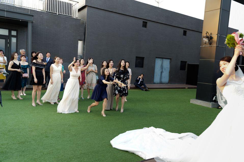 婚攝-台北格萊天漾婚禮攝影-教會儀式-Hank-Stella-156