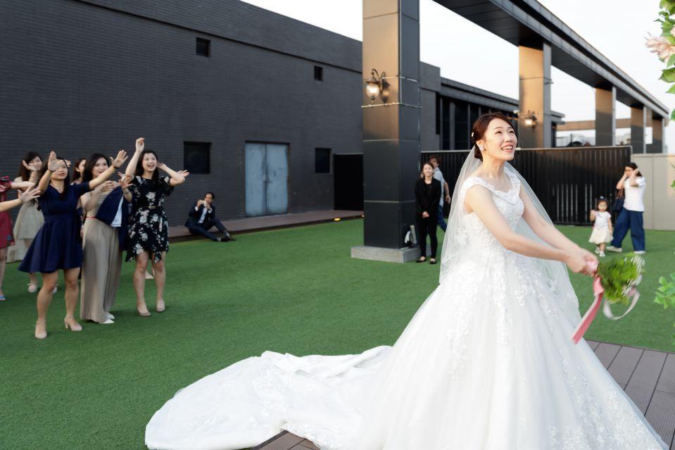 婚攝-台北格萊天漾婚禮攝影-教會儀式-Hank-Stella-159
