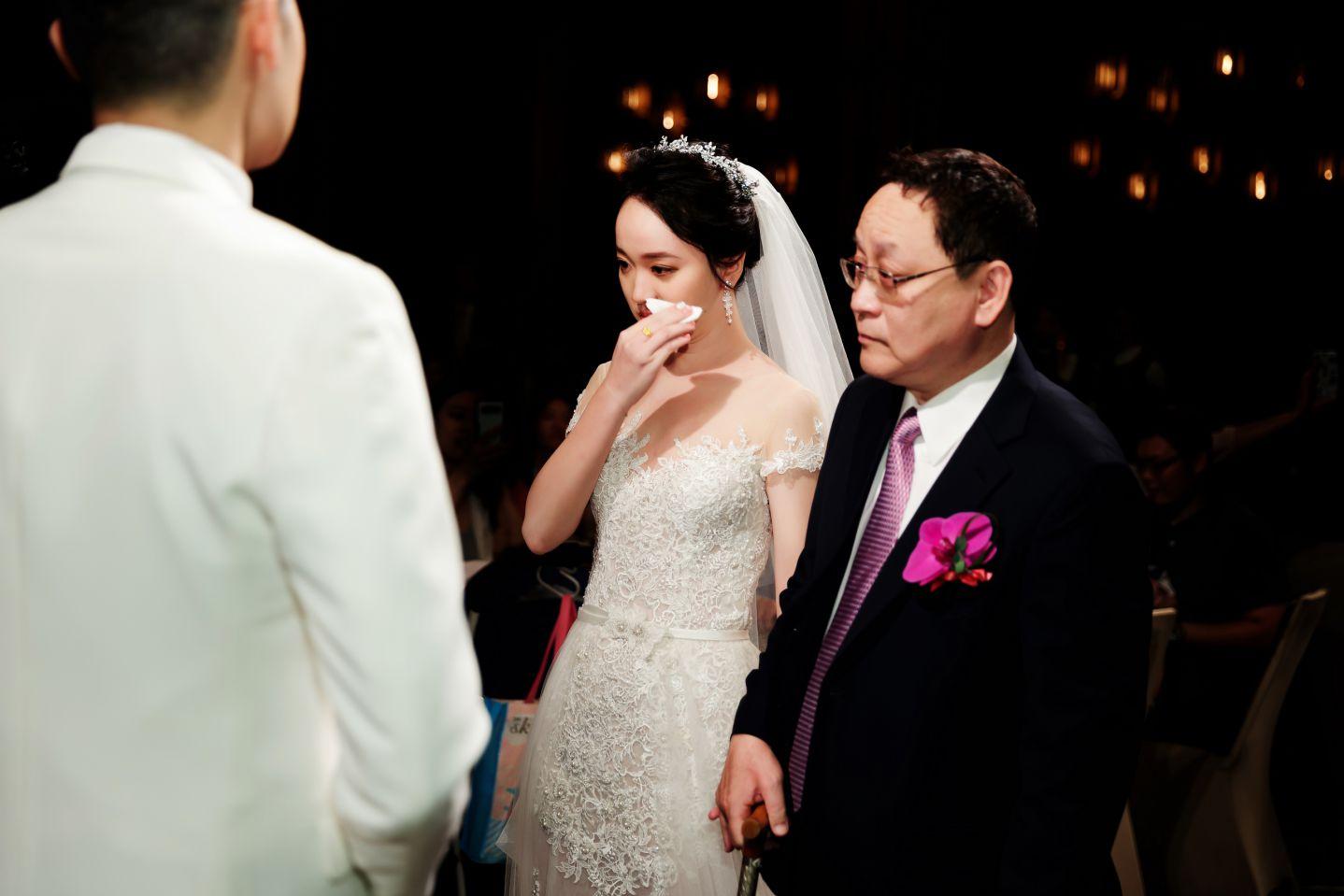 婚攝-高雄晶綺盛宴黃金廳婚禮攝影-Nacho&Jenny-109