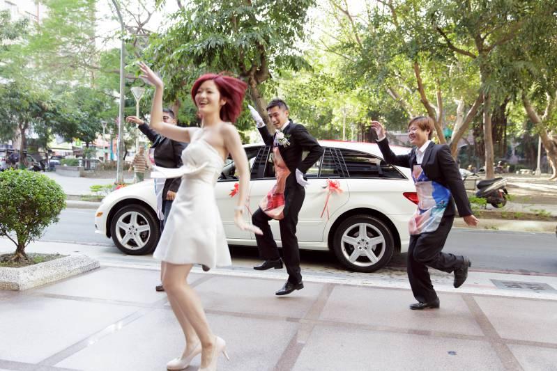 婚禮闖關懲罰-跳舞