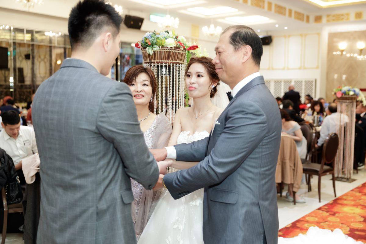婚攝作品-桃園來福星花園大飯店婚禮紀錄-婚攝森森-206
