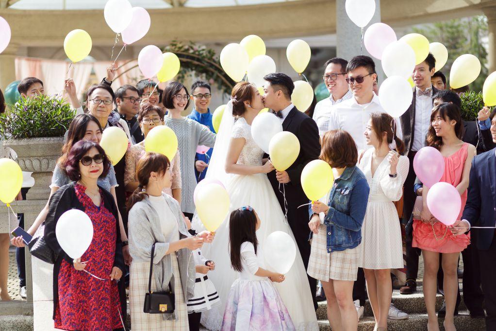 義大皇家花園廣場婚攝,義大皇家花園廣場婚禮攝影,義大皇家花園廣場婚禮紀錄,婚攝作品,高雄戶外婚禮,高雄美式婚禮,婚禮放氣球